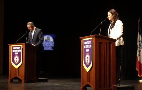 In the heart of no-party country Blum and Finkenauer eye independent voters