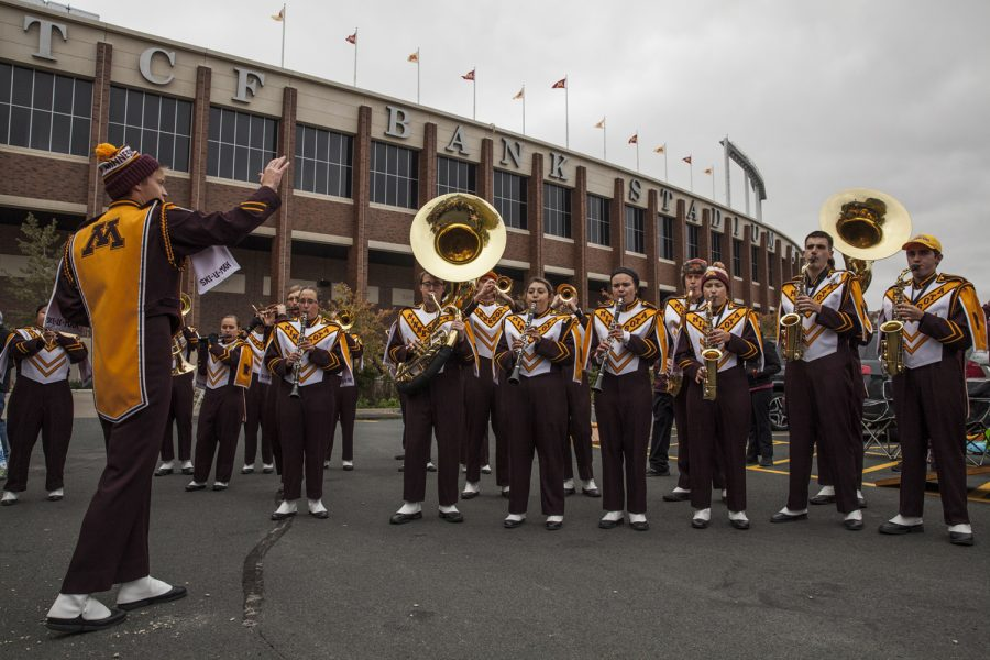 The+Minnesota+marching+band+serenades+tailgaters+before+Iowa%E2%80%99s+game+against+Minnesota+on+Saturday+Oct.+6%2C+2018.+Before+the+game%2C+the+Hawkeyes+and+Golden+Gophers+had+both+recorded+a+3-1+record+on+the+season.