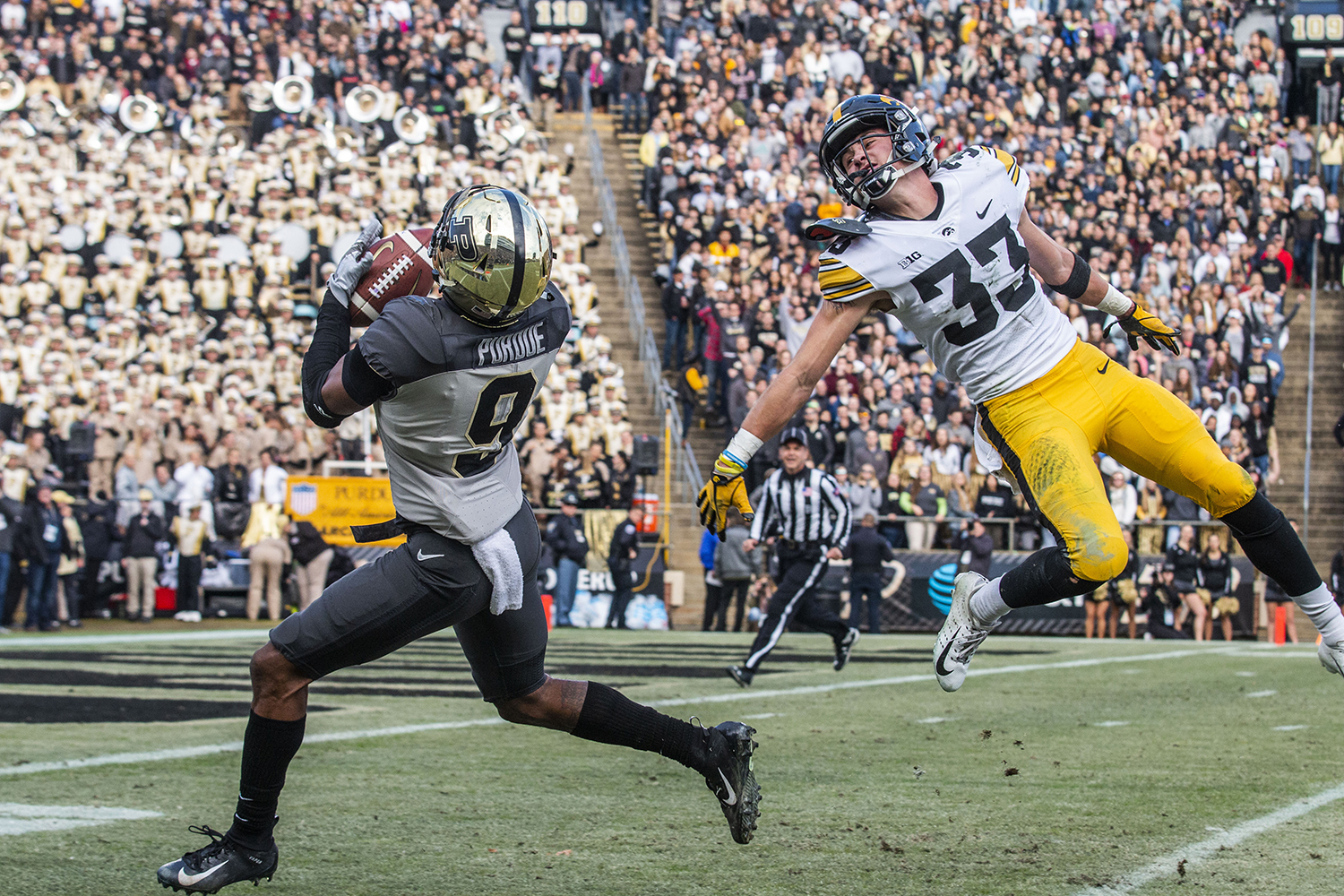 Purdue+wide+receiver+Terry+Wright+catches+a+pass+during+the+Iowa%2FPurdue+game+at+Ross-Ade+Stadium+in+West+Lafayette%2C+Ind.+on+Saturday%2C+November+3%2C+2018.+The+Boilermakers+defeated+the+Hawkeyes+38-36.+