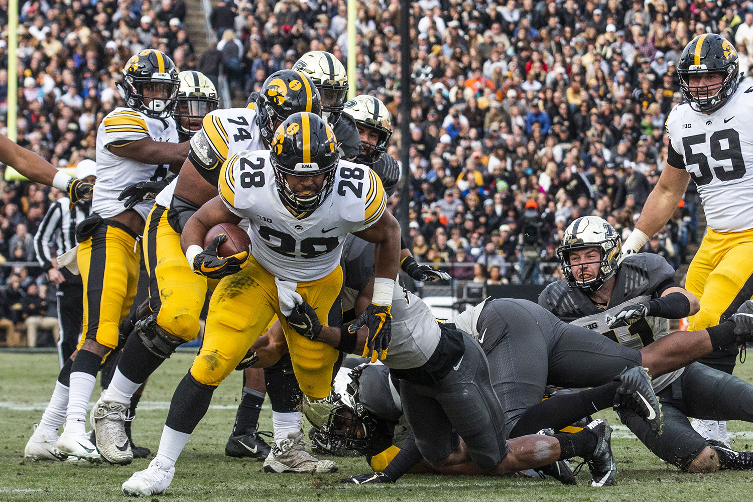 Iowa+running+back+Toren+Young+runs+the+ball+during+the+Iowa%2FPurdue+game+at+Ross-Ade+Stadium+in+West+Lafayette%2C+Ind.+on+Saturday%2C+November+3%2C+2018.+The+Boilermakers+defeated+the+Hawkeyes+38-36.+