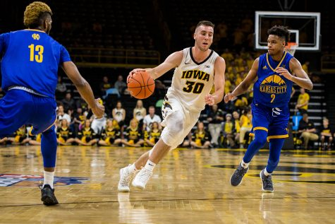 Ohio State smothers Iowa in dominant win