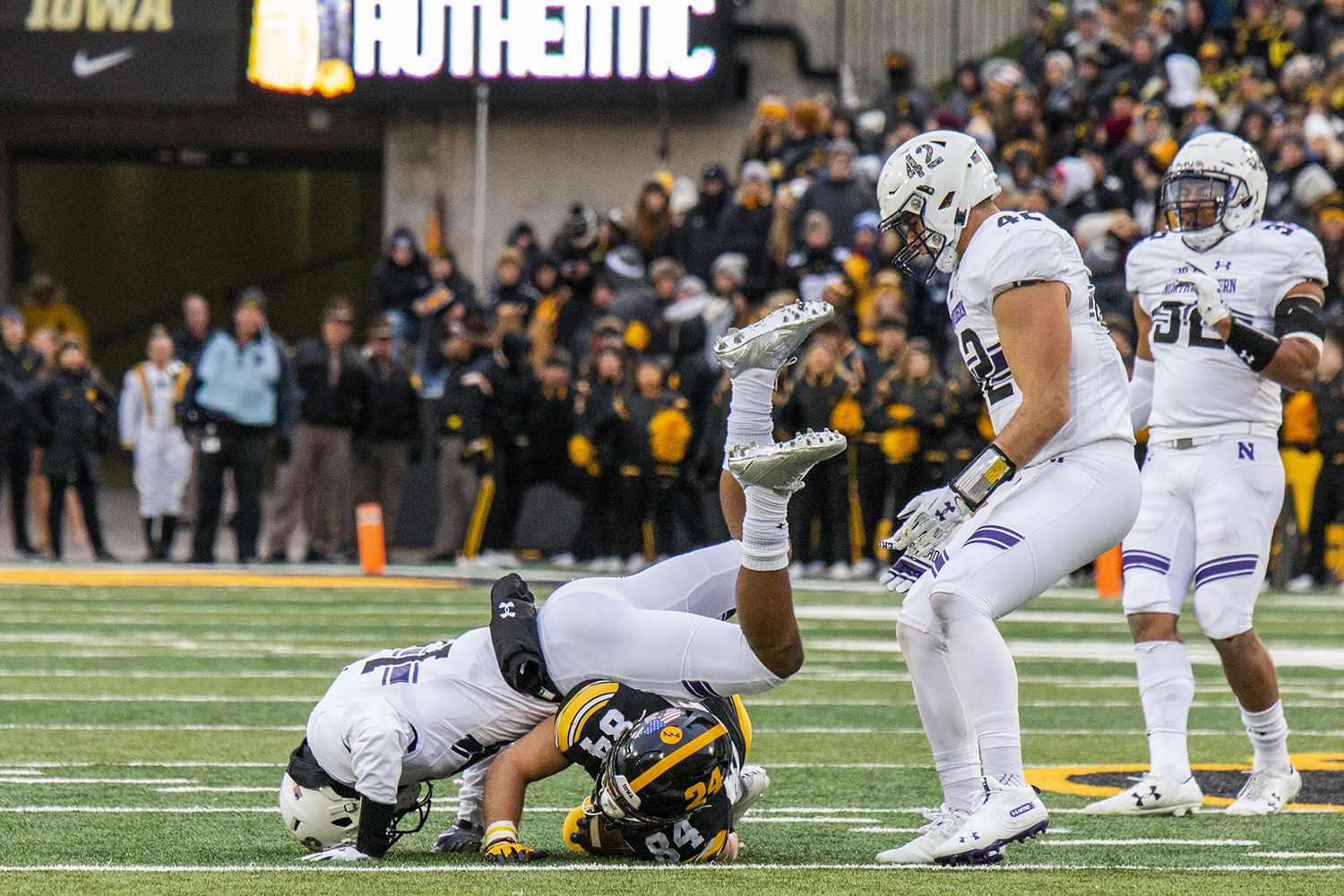 Northwestern+defensive+back+JR+Pace+tackles+Iowa+wide+receiver+Nick+Easley+during+the+Iowa%2FNorthwestern+game+at+Kinnick+Stadium+on+Saturday%2C+November+10%2C+2018.+The+Wildcats+defeated+the+Hawkeyes+14-10.+%28Katina+Zentz%2FThe+Daily+Iowan%29