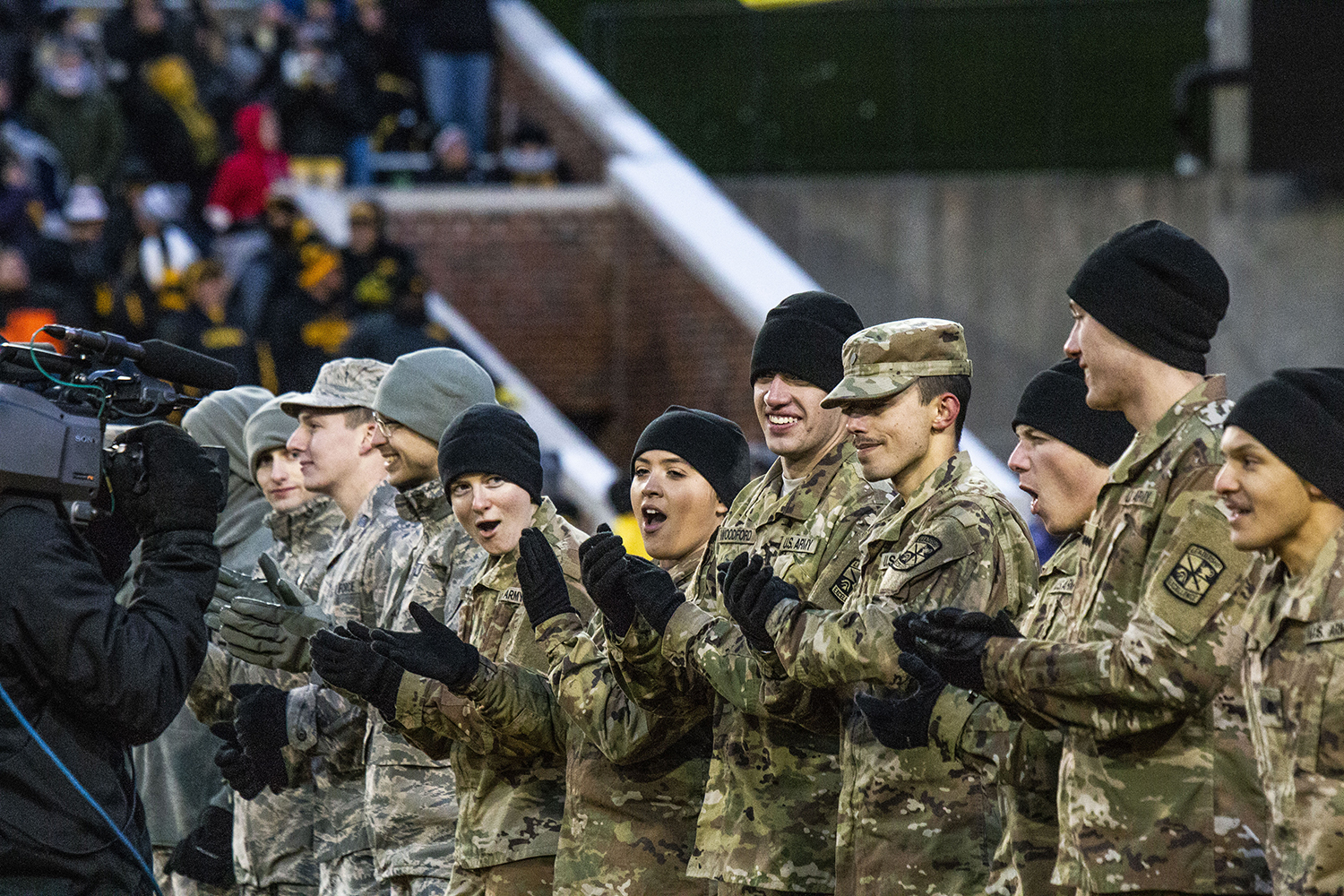 Members+of+the+U.S.+Army+cheer+during+the+Iowa%2FNorthwestern+game+at+Kinnick+Stadium+on+Saturday%2C+November+10%2C+2018.+The+Wildcats+defeated+the+Hawkeyes+14-10.+%28Katina+Zentz%2FThe+Daily+Iowan%29