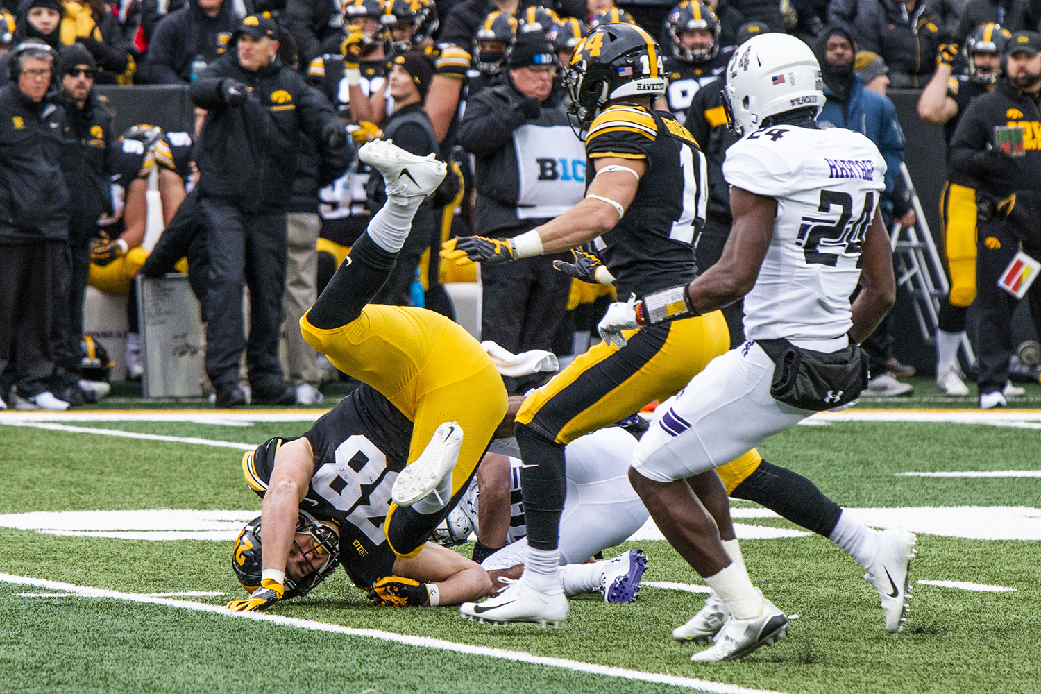 Iowa+tight+end+T.J.+Hockenson+is+tackled+during+the+Iowa%2FNorthwestern+game+at+Kinnick+Stadium+on+Saturday%2C+November+10%2C+2018.+The+Wildcats+defeated+the+Hawkeyes+14-10.+%28Katina+Zentz%2FThe+Daily+Iowan%29