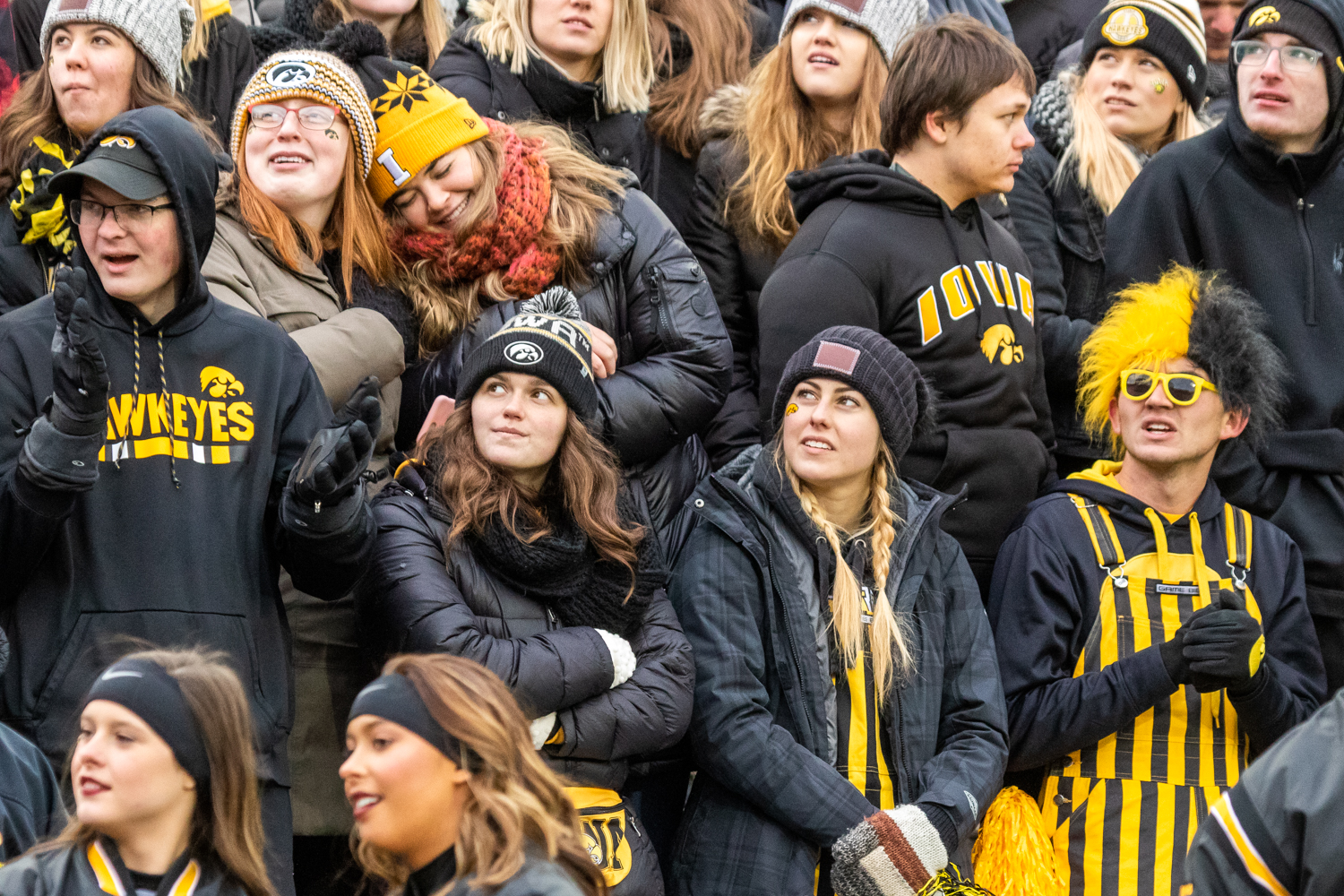 Fans+look+at+the+scoreboard+during+a+game+against+Northwestern+University+on+Saturday%2C+Nov.+10%2C+2018+at+Kinnick+Stadium+in+Iowa+City.+The+Wildcats+defeated+the+Hawkeyes+14-10.+%28David+Harmantas%2FThe+Daily+Iowan%29