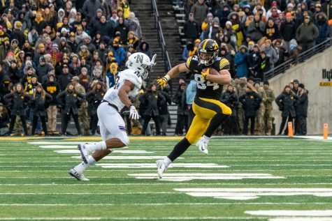 Spring depth chart brings changes to Iowa football