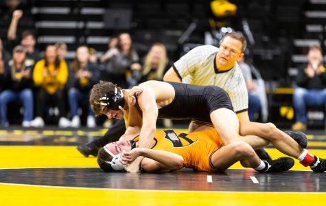 Hawkeye wrestling smacks Princeton in season-opener