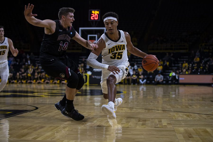 Iowa+forward+Cordell+Pemsl+drives+to+the+hoop+during+the+Iowa%2FGuilford+College+basketball+game+at+Carver-Hawkeye+Arena+on+Sunday%2C+Nov.+4%2C+2018.+The+Hawkeyes+defeated+the+Quakers%2C+103-46.+
