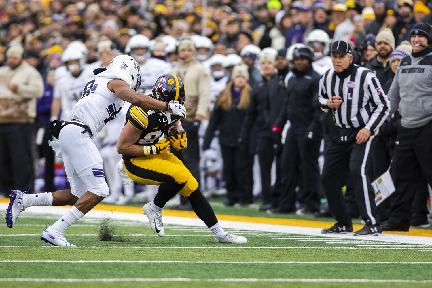Iowa+wide+receiver+Nick+Easley+carries+the+ball+during+the+Iowa%2FNorthwestern+football+game+at+Kinnick+Stadium+on+Saturday%2C+November+10%2C+2018.+The+Wildcats+defeated+the+Hawkeyes%2C+14-10.+%28Lily+Smith%2FThe+Daily+Iowan%29
