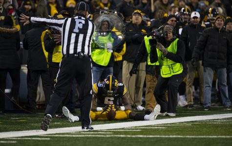 Disappearing act for Hawkeye offense in third-straight conference loss