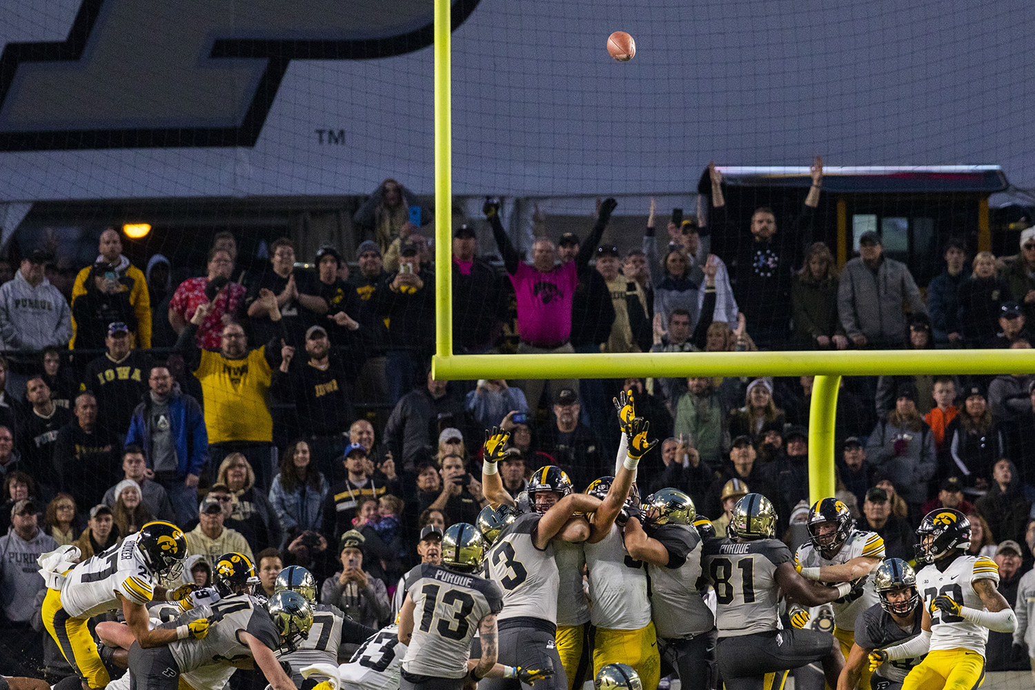 Purdue+kicks+the+game+winning+field+goal+during+the+Iowa%2FPurdue+game+at+Ross-Ade+Stadium+in+West+Lafayette%2C+Ind.+The+Boilermakers+defeated+the+Hawkeyes%2C+38-36.