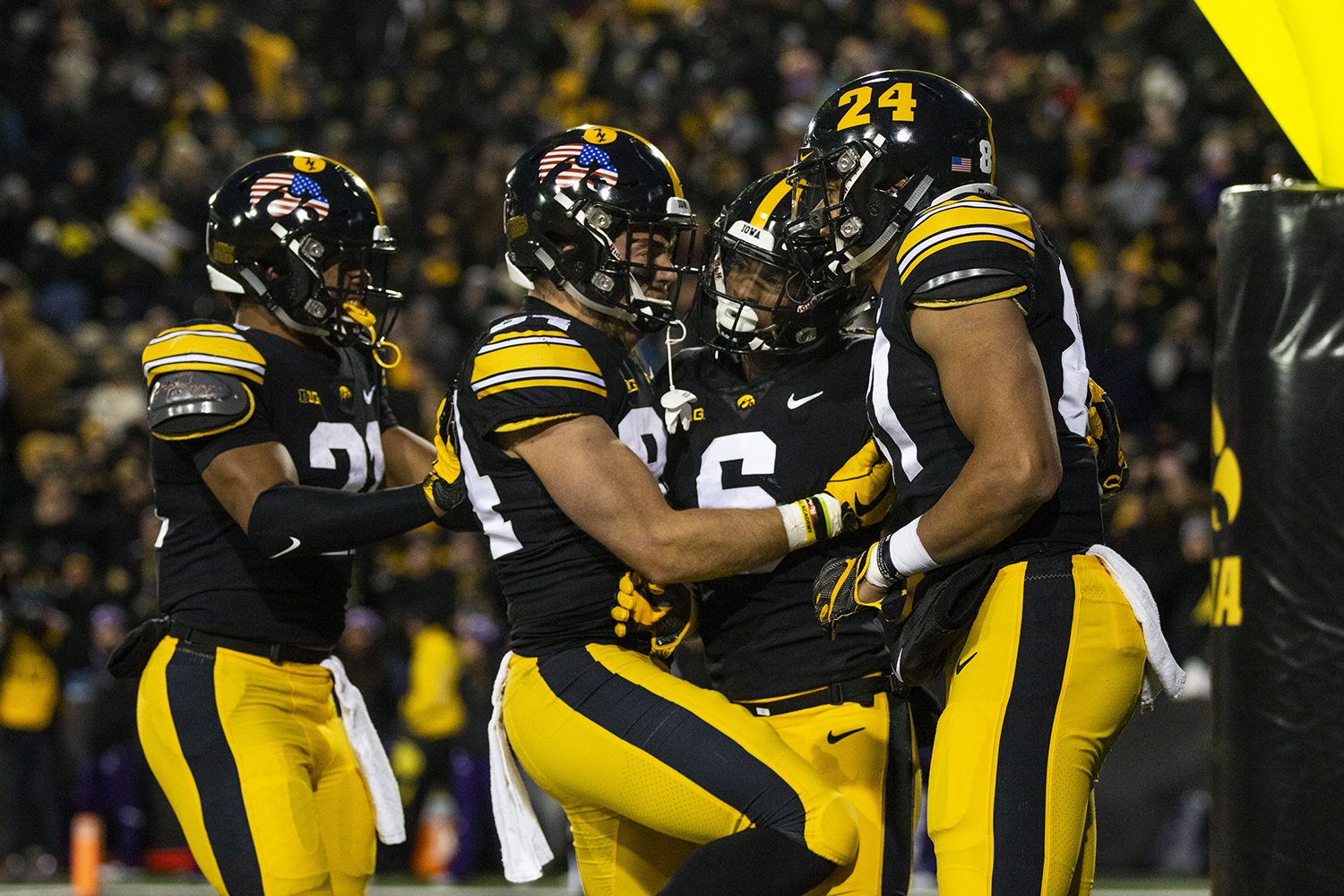 Iowa+players+celebrate+Ihmir+Smith-Marsette%27s+%286%29+touchdown+during+the+Iowa%2FNorthwestern+football+game+at+Kinnick+Stadium+on+Saturday%2C+November+10%2C+2018.+The+Wildcats+defeated+the+Hawkeyes%2C+14-10.+%28Lily+Smith%2FThe+Daily+Iowan%29