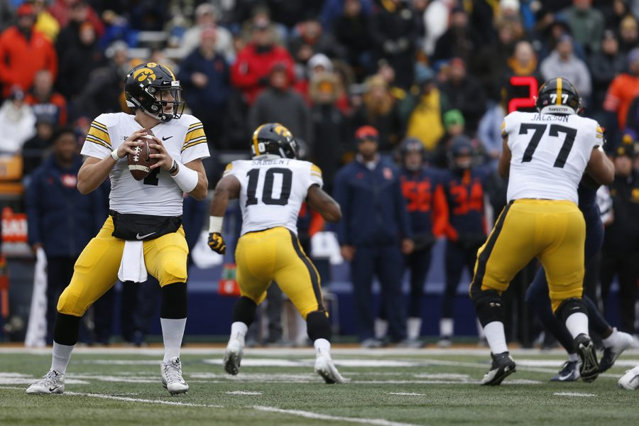 Iowa+quarterback+Nate+Stanley+drops+back+to+pass+during+Iowa%27s+game+against+Illinois+at+Memorial+Stadium+in+Champaign%2C+IL%2C+on+Saturday%2C+Nov.+17%2C+2018.+The+Hawkeyes+defeated+the+Fighting+Illini+63-0.