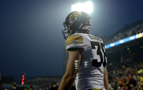 Tough decision awaits for Hawkeye football's Hockenson