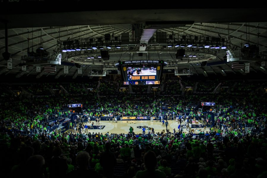 Fans+throw+teddy+bears+onto+the+court+during+halftime+during+a+basketball+match+between+Iowa+and+Notre+Dame+in+South+Bend%2C+IN+on+Thursday%2C+November+29%2C+2018.+The+Hawkeyes+were+defeated+by+the+Fighting+Irish%2C+105-71.+