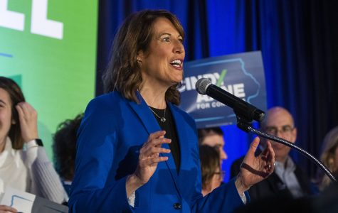 Cindy Axne flips Iowa's 3rd District blue, unseating David Young