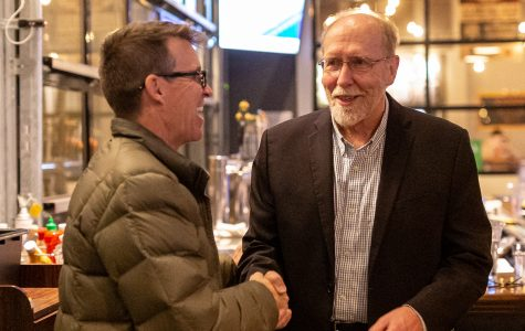 Dave Loebsack wins re-election for 7th term in Congress