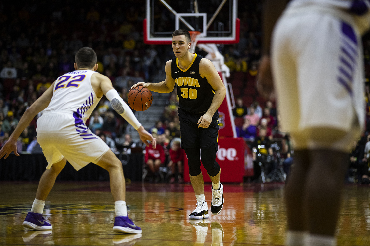 Iowa%27s+Connor+McCaffery+dribbles+the+ball+during+the+Iowa%2FUNI+men%27s+basketball+game+at+Wells+Fargo+Arena+in+Des+Moines+on+Saturday%2C+Dec.+15%2C+2018.+The+Hawkeyes+defeated+the+Panthers%2C+77-54.+
