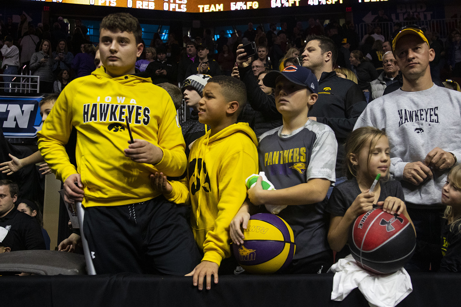 Iowa+fans+wait+to+meet+the+team+during+the+Iowa%2FUNI+men%27s+basketball+game+at+Wells+Fargo+Arena+in+Des+Moines+on+Saturday%2C+Dec.+15%2C+2018.+The+Hawkeyes+defeated+the+Panthers%2C+77-54.+