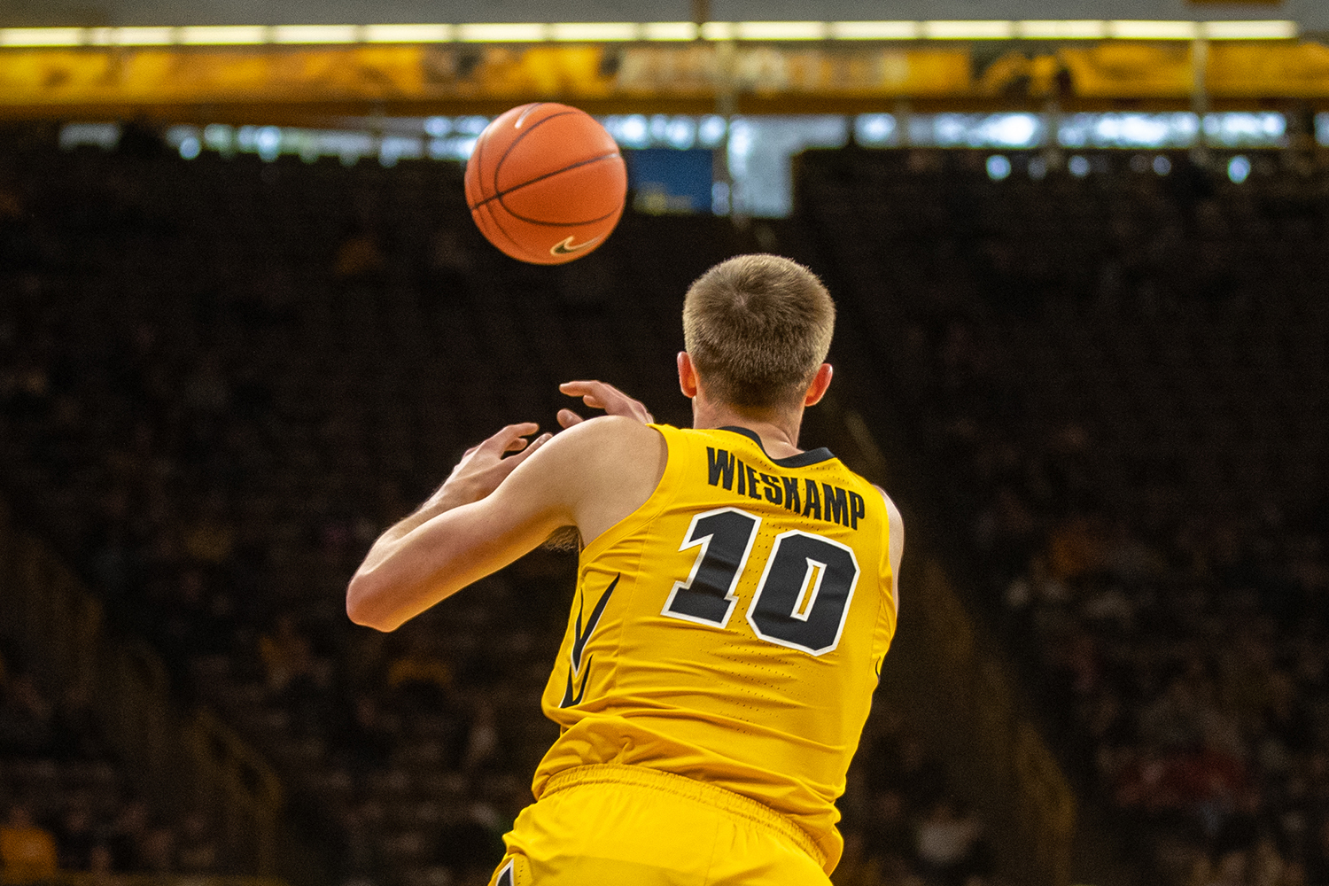 Iowa+guard+Joe+Wieskamp+%2310+recieves+a+pass+during+the+men%27s+basketball+game+against+Savannah+State+at+Carver-Hawkeye+Arena+on+Tuesday%2C+December+22%2C+2018.+The+Hawkeyes+defeated+the+Tigers+110-64.