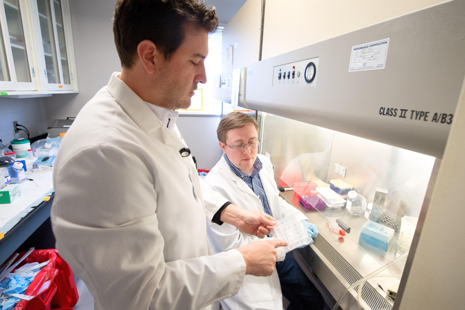 Ethan J Anderson , PhDAssociate Professor, Department of Pharmaceutical Sciences and Experimental Therapeutics and his lab that conducts Translational Pharmacology and basic science research in the College of Pharmacy Building.
