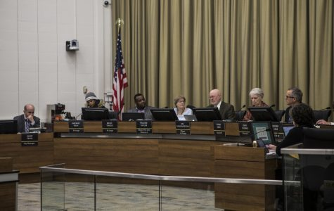 Iowa City City Council OKs salary increase for council members
