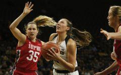 Hawkeye women top Jaguars despite 3-point woes