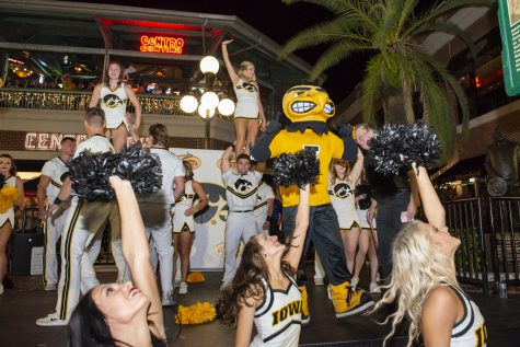 Iowa football hits the Clearwater beach