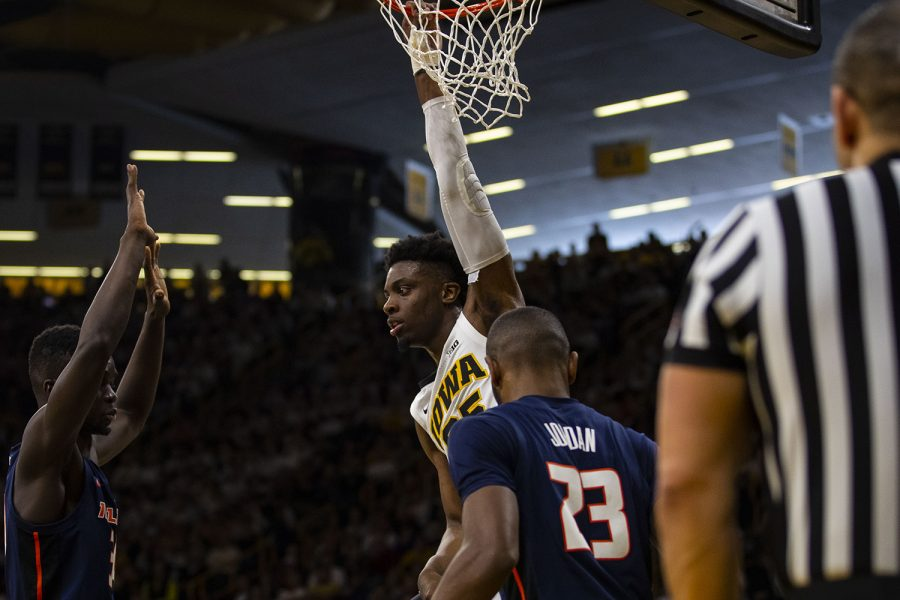 Iowa+forward+Tyler+Cook+dunks+during+the+Iowa%2FIllinois+men%27s+basketball+game+at+Carver-Hawkeye+Arena+on+Sunday%2C+January+20%2C+2019.+