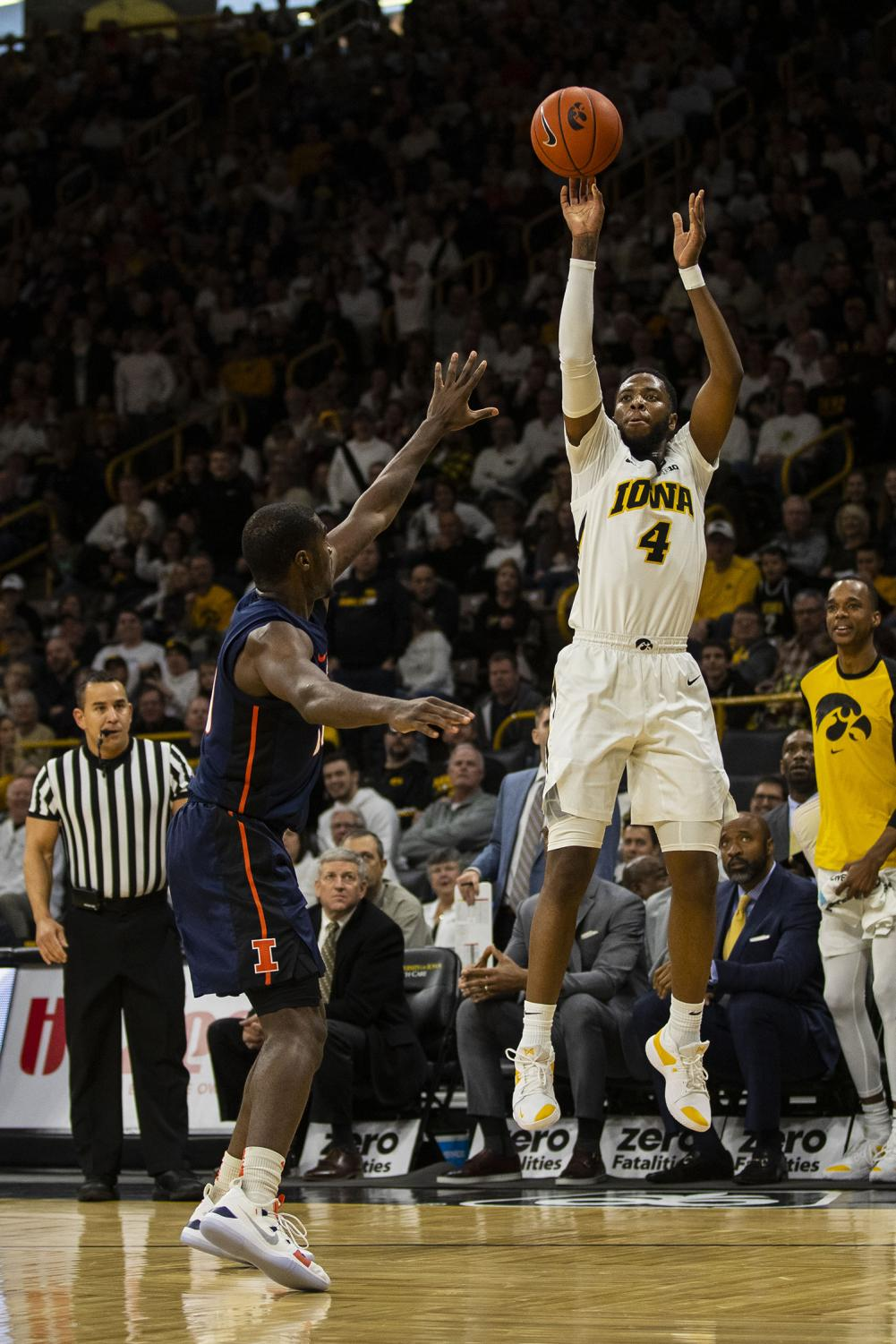 Iowa+guard+Isaiah+Moss+attempts+a+3-pointer+during+the+Iowa%2FIllinois+men%27s+basketball+game+at+Carver-Hawkeye+Arena+on+Sunday%2C+January+20%2C+2019.+The+Hawkeyes+defeated+the+Fighting+Illini%2C+95-71.+