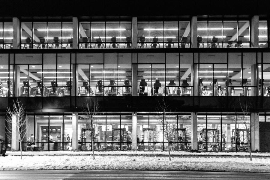 A wall of exercisers looms over Burlington St. on Monday, 14 January, 2019. (David Harmantas/The Daily Iowan)