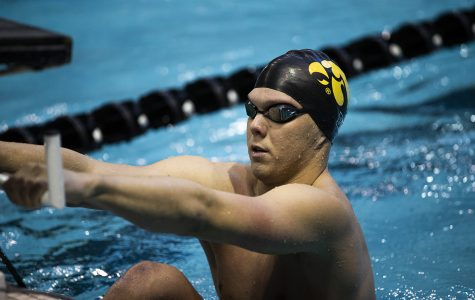 Iowa swim/dive faces off against Michigan, Indiana this weekend