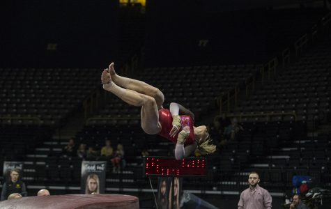 GymHawks kick off Big Ten action with close competition