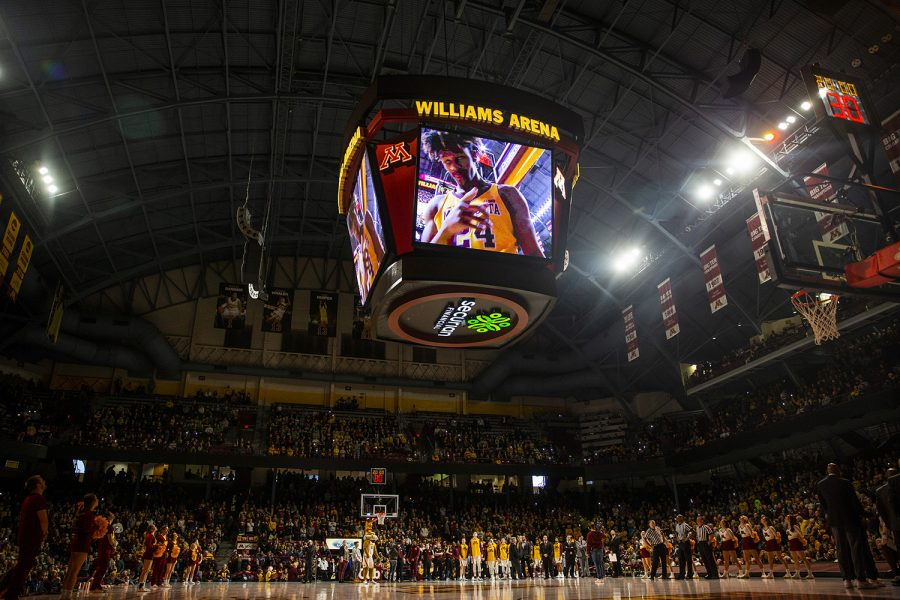 Fans+cheer+before+the+men%27s+basketball+game+vs.+Minnesota+at+Williams+Arena+on+Sunday%2C+January+27%2C+2019.+The+Gophers+defeated+the+Hawkeyes+92-87.