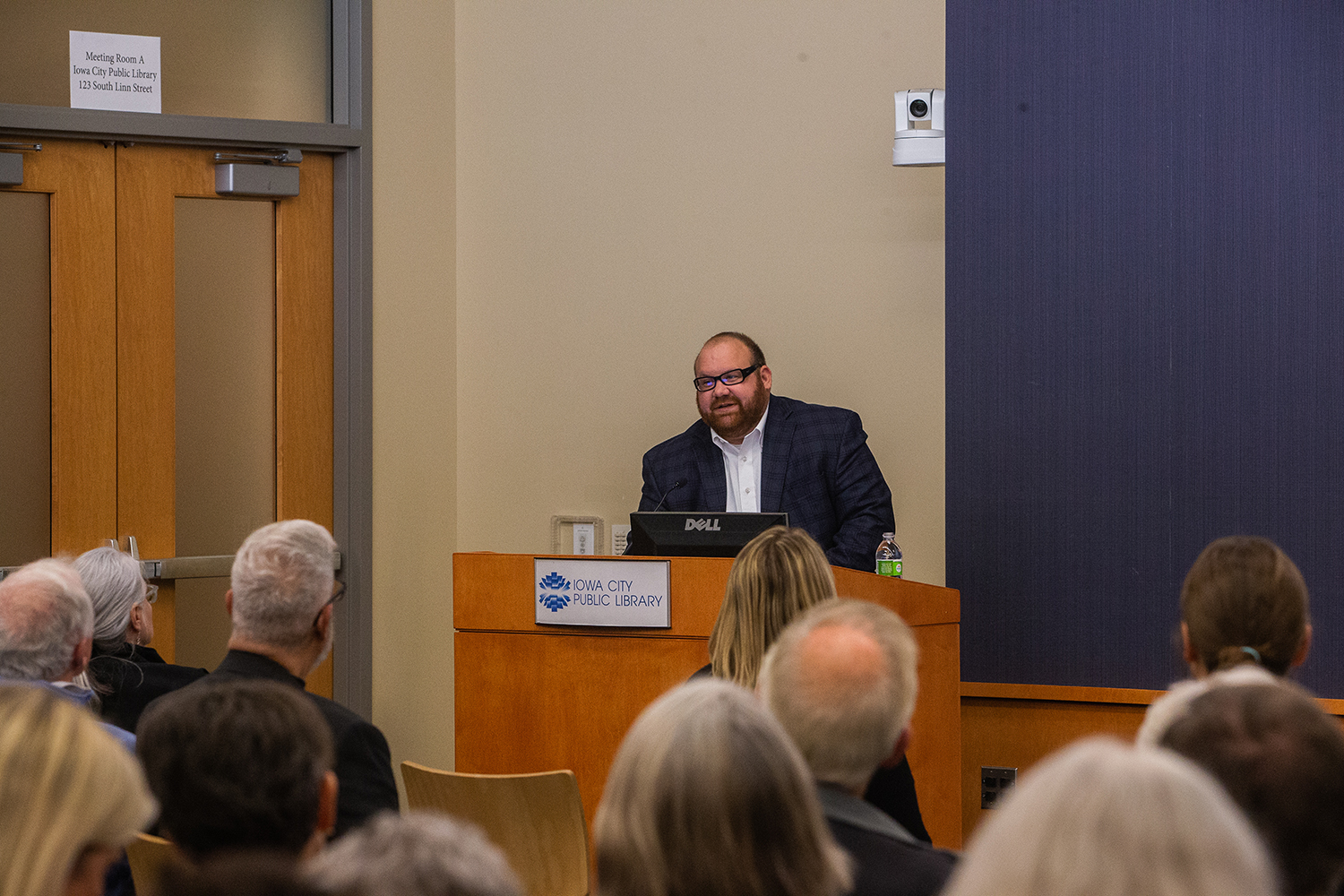 Elsworth Carman speaks during the Iowa City Public Library Director Candidate Forum on Monday, {man} 29, 2018. The Iowa City Public Library is seeking a new director after Susan Craig retires in December. Craig has served as Library Director for 41 years.