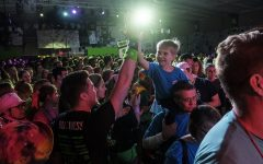 Mini-marathons bring UI Dance Marathon to schools across Iowa