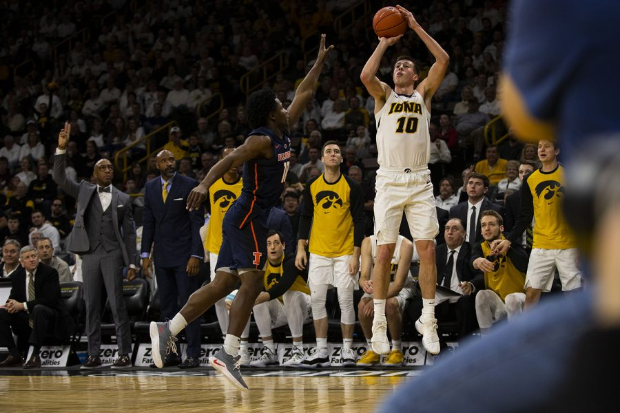 Iowa+guard+Joe+Wieskamp+shoots+a+3-point+shot+during+the+Iowa%2FIllinois+men%27s+basketball+game+at+Carver-Hawkeye+Arena+on+Sunday%2C+January+20%2C+2019.+
