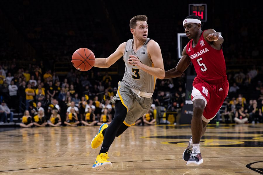 Iowa+guard+Jordan+Bohannon+drives+to+the+basket+during+Iowa%27s+game+against+Nebraska+at+Carver-Hawkeye+Arena+on+Sunday%2C+January+6%2C+2019.+The+Hawkeyes+defeated+the+Cornhuskers+93-84.