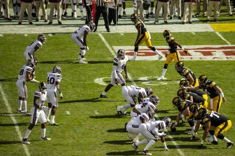 Iowa football will try to establish postseason winning streak