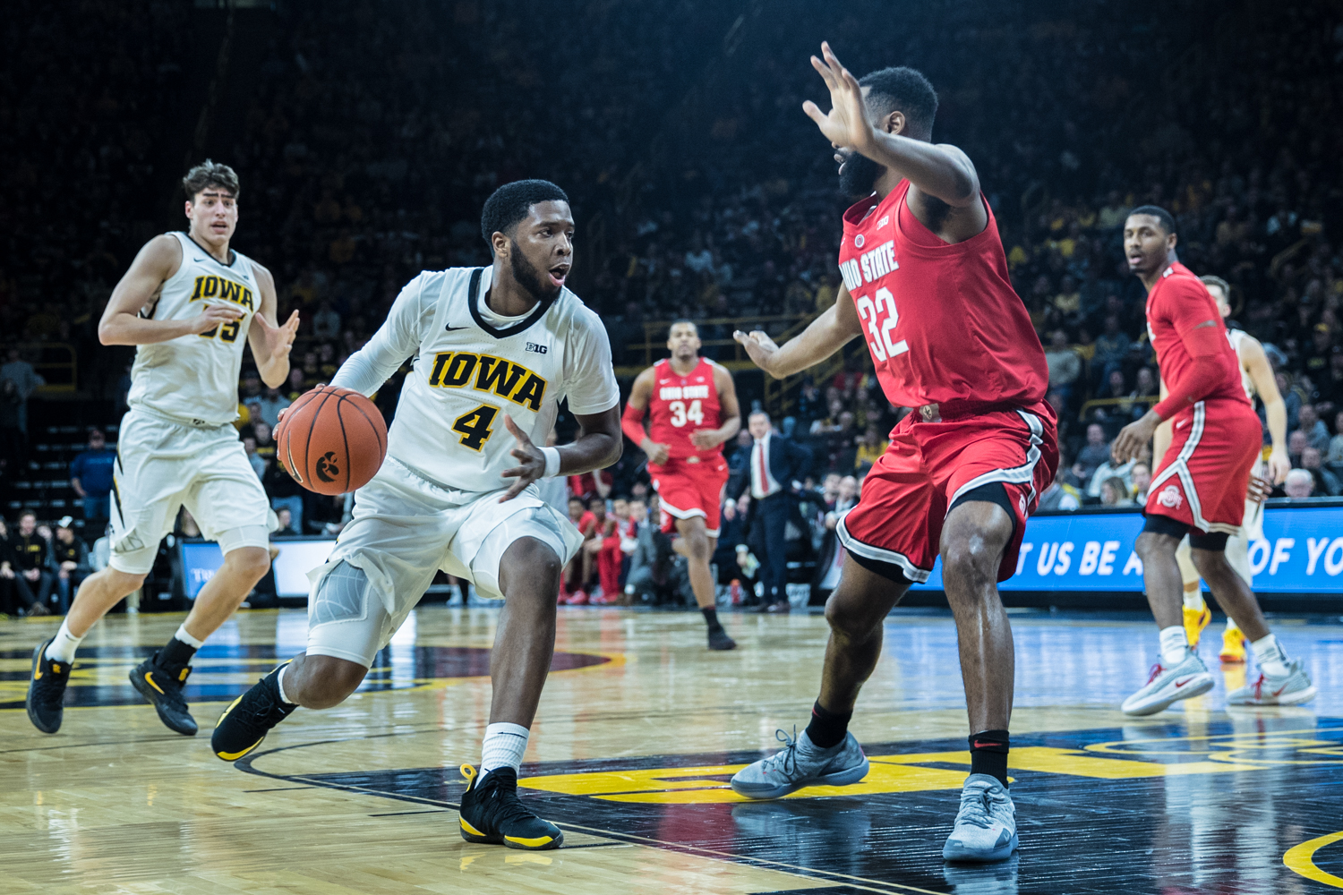 Iowa+guard+Isaiah+Moss+drives+to+the+basket+during+a+men%27s+basketball+matchup+between+Ohio+State+and+Iowa+at+Carver-Hawkeye+Arena+on+Saturday%2C+January+12%2C+2019.+The+Hawkeyes+defeated+the+Buckeyes%2C+72-62.