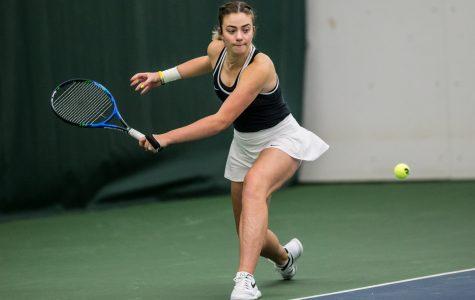 Hawkeye tennis dominates in home-openers