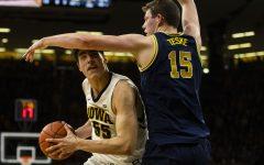 Analyzing Iowa basketball's matchup against Michigan