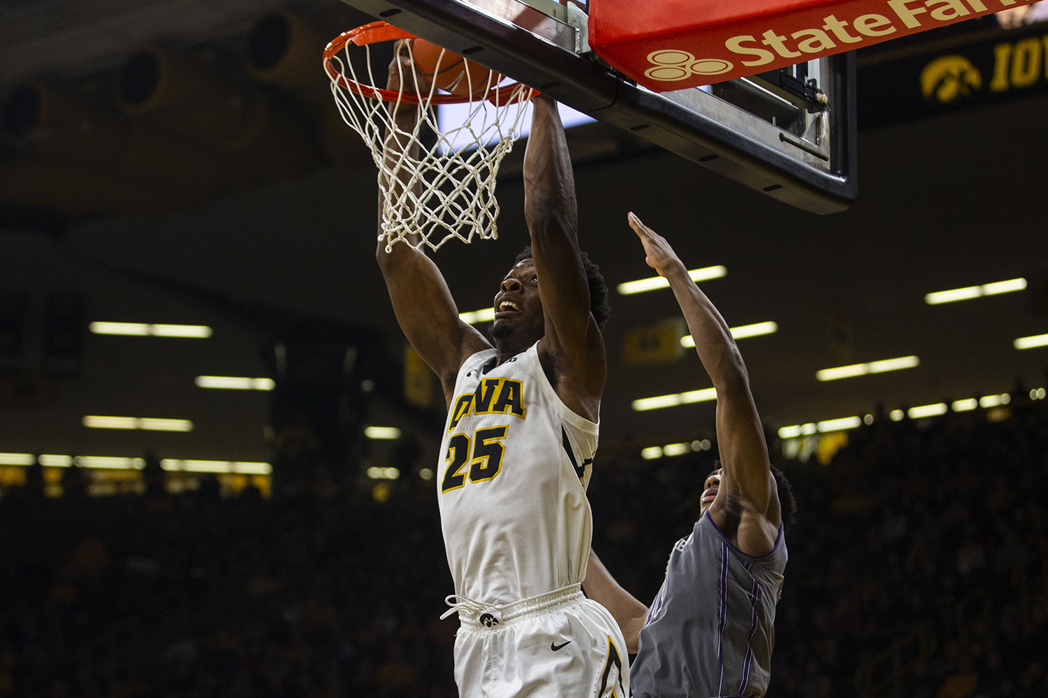 Iowa+forward+Tyler+Cook+dunks+the+ball+during+the+Iowa%2FNorthwestern+men%27s+basketball+game+at+Carver-Hawkeye+Arena+on+Sunday%2C+February+10%2C+2019.+The+Hawkeyes+defeated+the+Wildcats%2C+80-79.+
