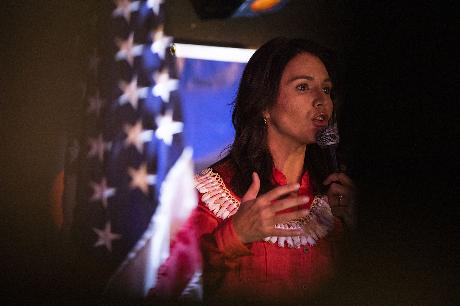 U.S.+Rep.+Tulsi+Gabbard%2C+D-Hawaii%2C+speaks+during+an+event+at+the+The+Mill+on+Thursday%2C+February+21%2C+2019.+Rep.+Gabbard+visited+Iowa+City+on+Thursday+after+having+cancelled+stops+in+the+area+last+week+due+to+inclement+weather.+