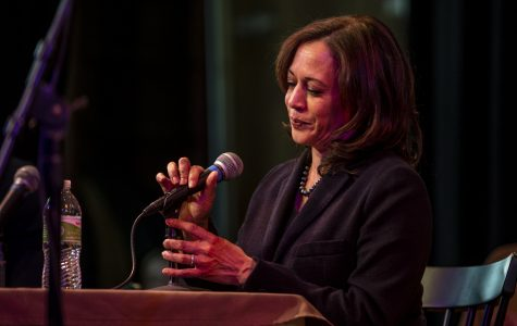Kamala Harris to host training sessions on Iowa college campuses