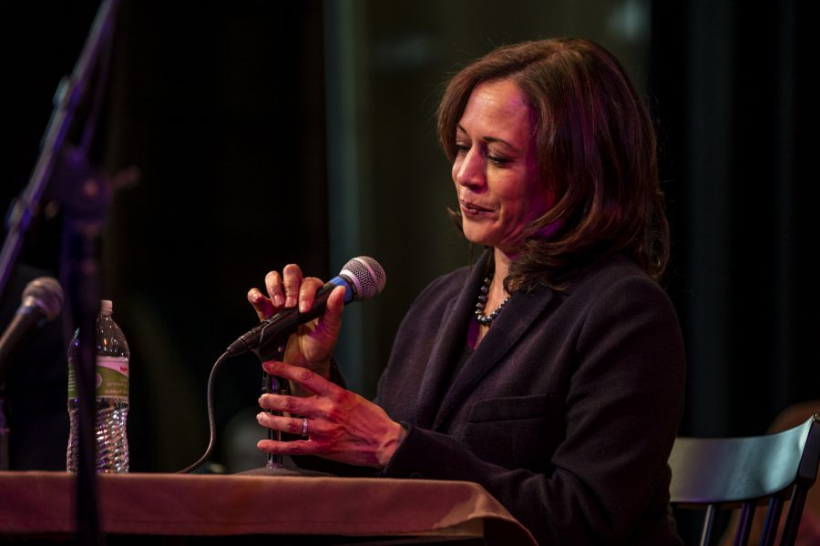 Sen.+Kamala+Harris%2C+D-Calif.%2C+speaks+during+a+during+a+recording+of+the+Political+Party+Live+podcast+at+CSPS+Hall+in+Cedar+Rapids+on++Sunday+Feb.+24%2C+2019.