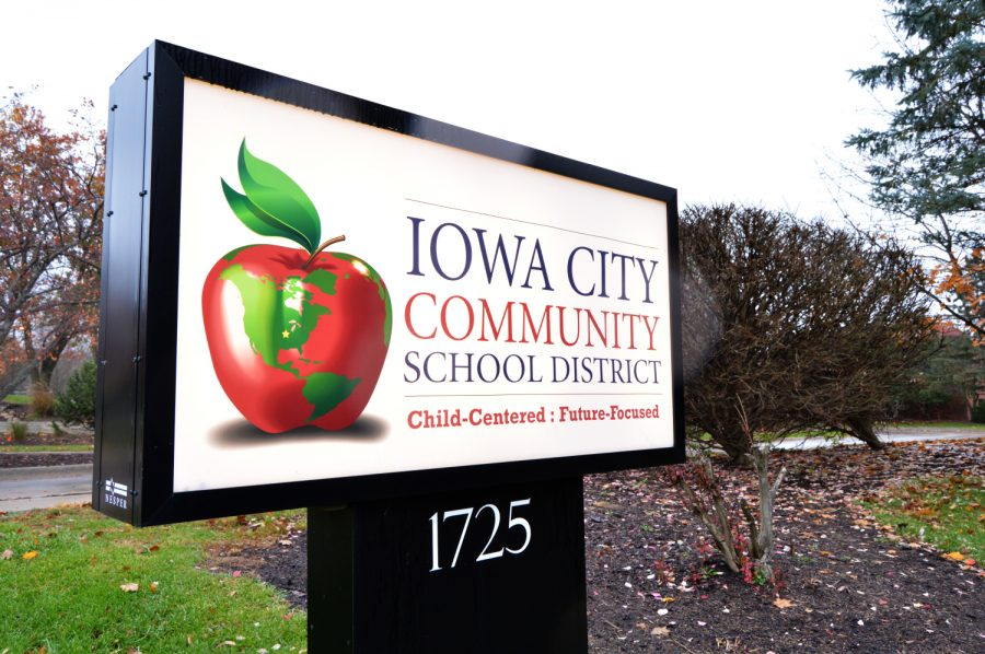 The+Iowa+City+Community+School+District+sign+is+seen+on+Nov.+5%2C+2018