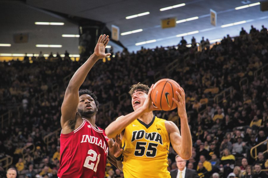 Iowa+forward+Luka+Garza+controls+the+ball+during+a+game+against+Indiana+University+at+Carver-Hawkeye+Arena+on+Saturday%2C+Feb.+17%2C+2018.+The+Hoosiers+defeated+the+Hawkeyes+84+to+82.+