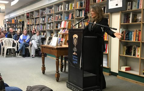 Author and 2020 candidate Marianne Williamson makes campaign stop at Prairie Lights