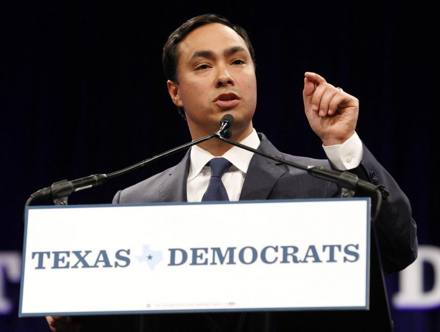 U.S.+Rep.+Joaquin+Castro+speaks+at+the+Democratic+State+Convention+on+June+27%2C+2014%2C+in+Dallas+at+the+Kay+Bailey+Hutchison+Convention+Center.